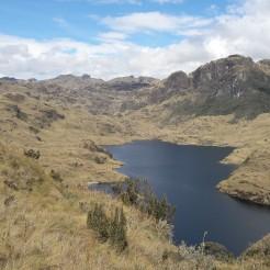 Paysage de páramo dans les montagnes du Cajas, au Sud de l'Equateur. J'ai pris cette photo en Décembre 2016, au cours de mon premier voyage dans les Andes tropicales.